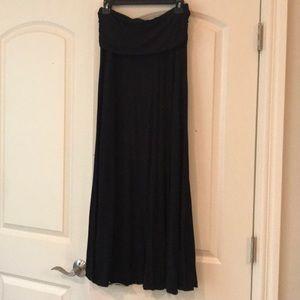 Black high waist maxi skirt